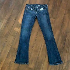 American Eagle size 2 skinny kick jeans